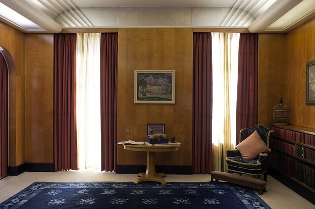 location saisonni re comment faire paraitre une petite pi ce plus grande bricolo blogger. Black Bedroom Furniture Sets. Home Design Ideas