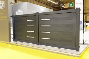 Installer un portail en aluminium