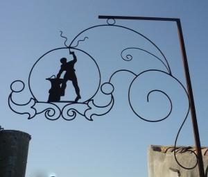 adopter un décor mural en fer forgé
