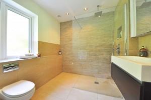 Les bons choix de luminaire pour salles de bains