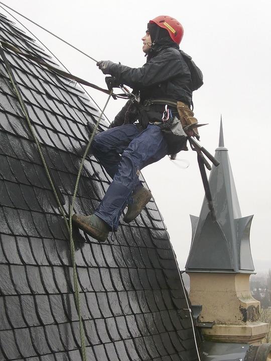 réparation de sa toiture en sécurité