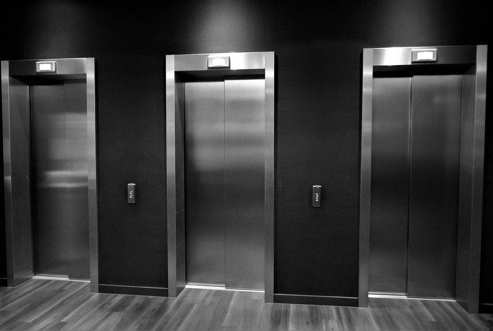 mise aux normes des ascenseurs