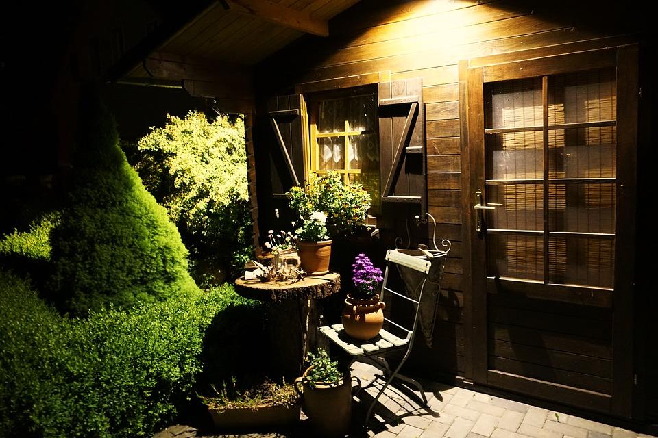 Montage d'abri de jardin