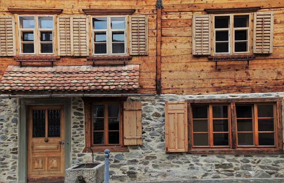 shutters-4534230_960_720